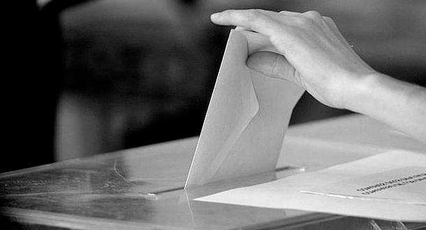 El bipartidismo mide sus fuerzas en Galicia y Euskadi ante el bloqueo de la investidura