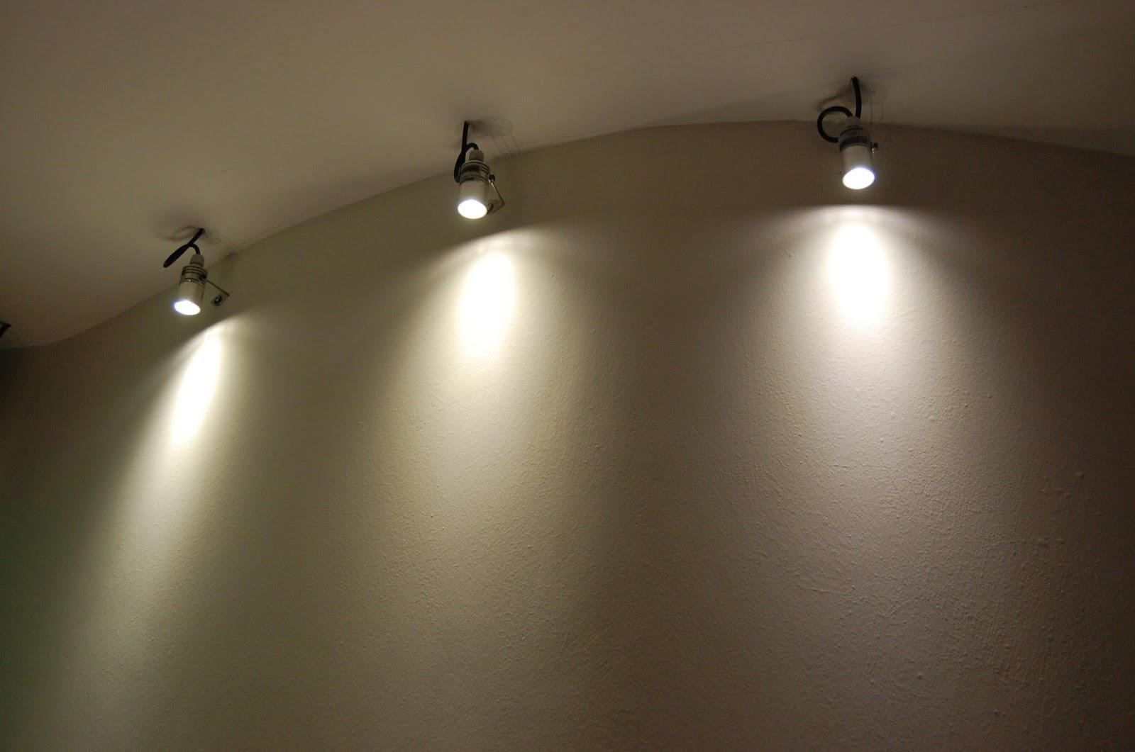 Très Illuminazione Led casa: Illuminare a Led gli ambienti con Faretti  FY44