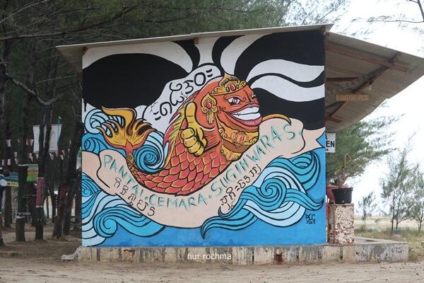 mural di pantai cemara