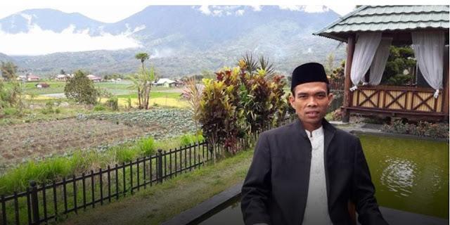 Ustadz Abdul Somad di Bali