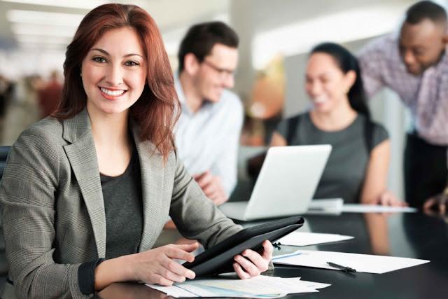 Ingin Menjadi Wanita Karir yang Sukses? Wajib Miliki 6 Hal Berikut