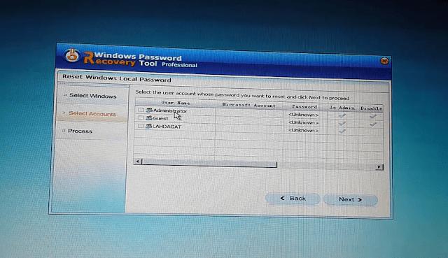 حذف باسورد الويندوز 7و8.1 و10 في حالة نسيانه بدون الحاجة إلى الفورمات