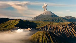 Beberapa Jalur Pendakian Gunung Indonesia Pilihan Pendaki