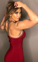 Jennifer Lopez's Sexiest Workout Selfie Photos