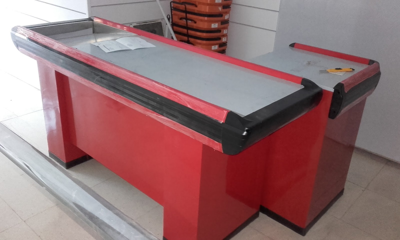 Rinco equipamiento comercial mueble caja supermercado for Muebles para supermercado