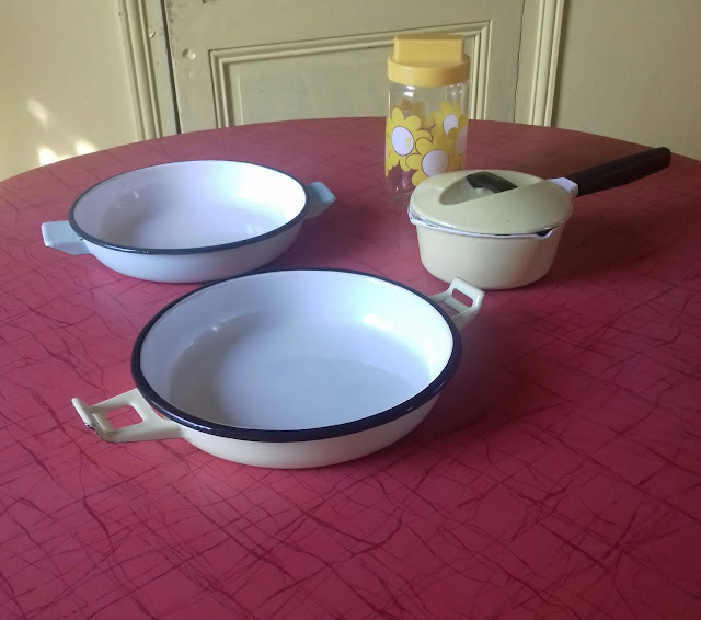 60s 70s kitchenware enamel vaisselle années 60 70 le creuset
