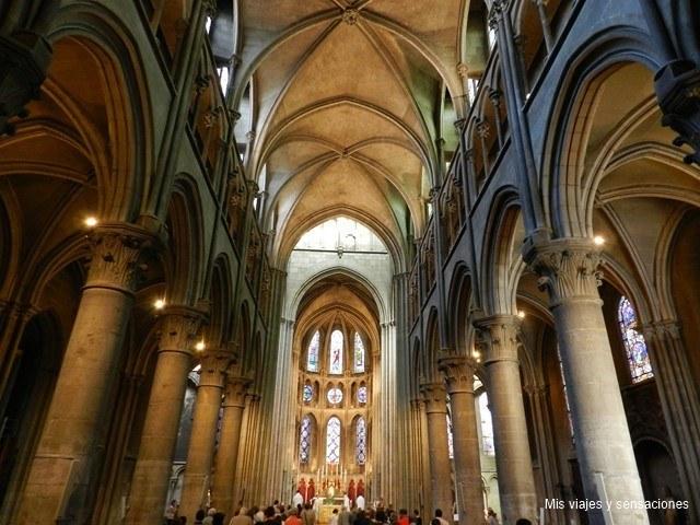 Iglesia de Notre Dame, Dijon, Borgoña, Francia