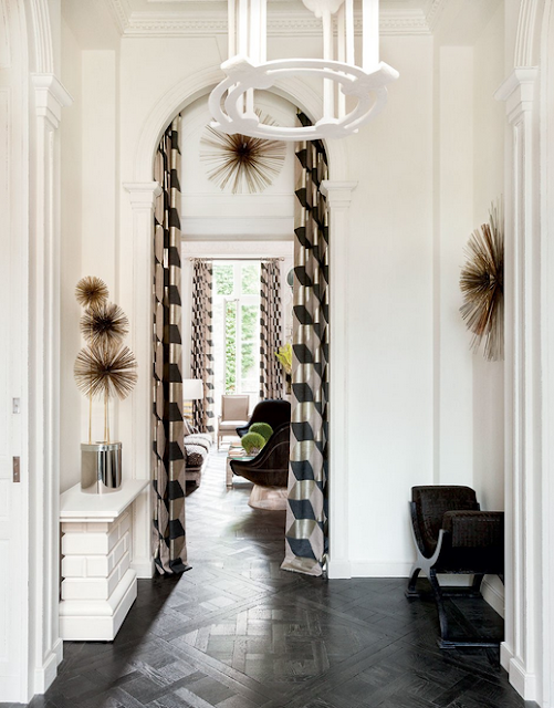 Lauren Santo Domingo paris home designed by Francois Catroux entryway