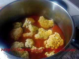 Κουνουπίδι με ρεβύθια - από «Τα φαγητά της γιαγιάς»