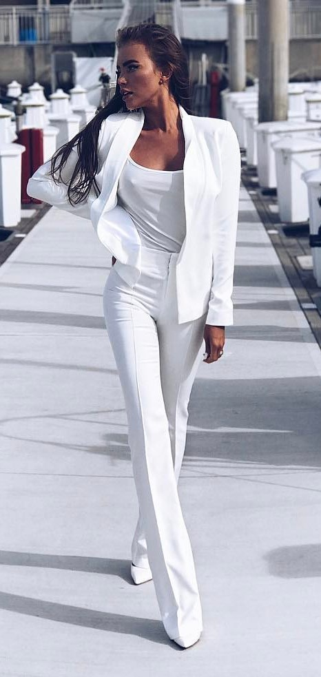 amazing white outfit idea