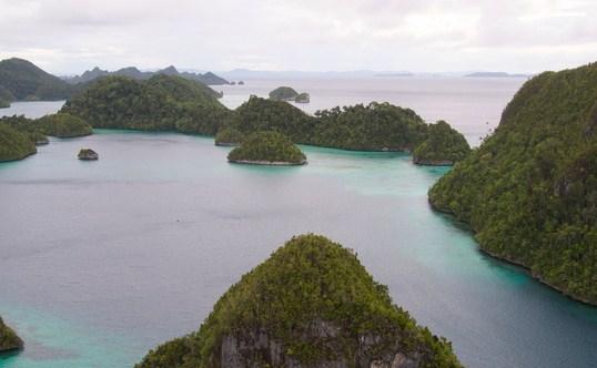 Wayag Island, Dives Paradise in Raja Ampat