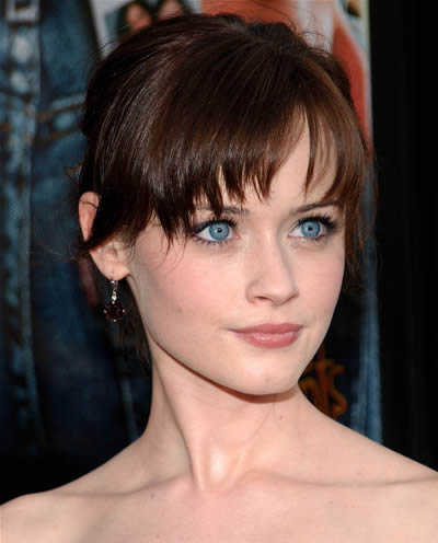 Windy Hairstyle Alexis Bledel Hairstyles