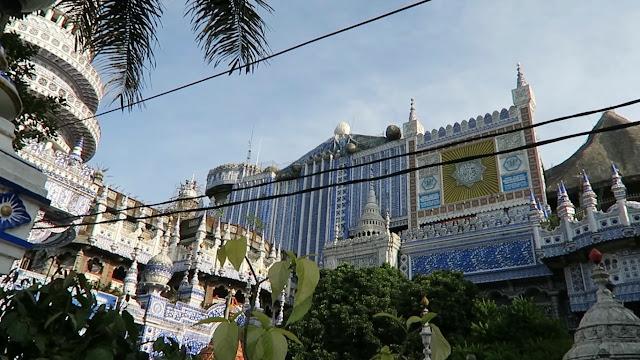 Megahnya Masjid Tiban Turen Malang