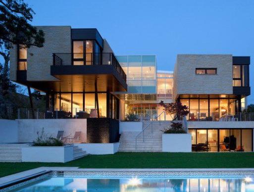 rumah mewah minimalis modern dan kolam renang