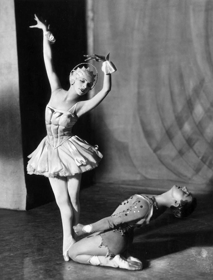 25 Gorgeous Vintage Photographs of Ballet Dancers From ...