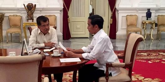 Jokowi di Mata JK: Bisa Hidup Tanpa HP, Pakaian Santai, ke Kantor Dua Kali Seminggu