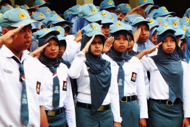 SMA Negeri  1 Patamuan Berdiri, Masyarakat Berterima Kasih Kepada Bupati Ali Mukhni
