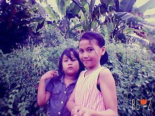 selfie dua gadis cantik