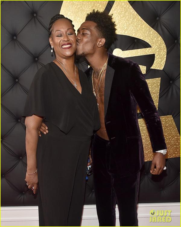 """Panda"" crooner Desiigner attended 2017 Grammy Awards with his mum"