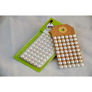 http://apscraft.pl/ozdoby/211-krysztalki-opalizujace-mleczne-maxi-o-55-mm-54-szt.html