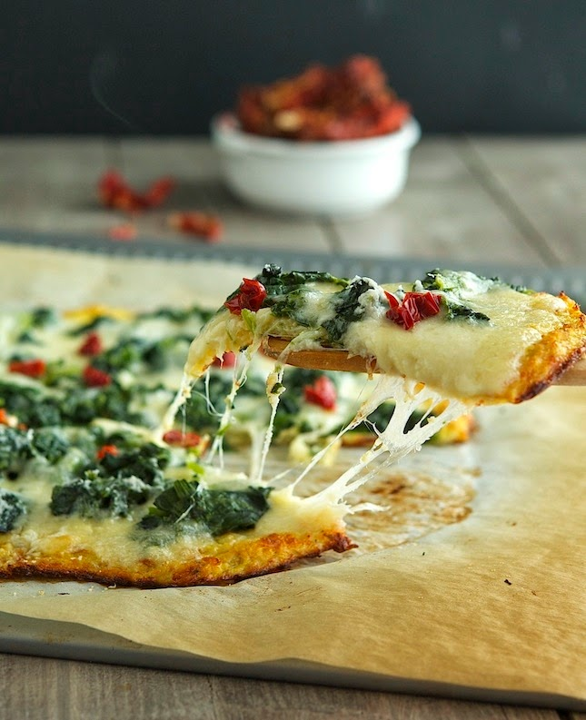 Cauliflower Crust Spinach White Pizza