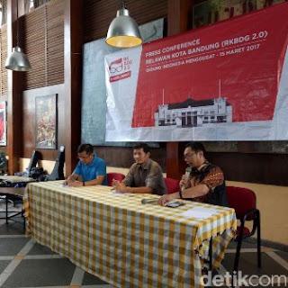 Relawan Kota Bandung Minta Ridwan Kamil Tidak Ikut Pilgub Jabar