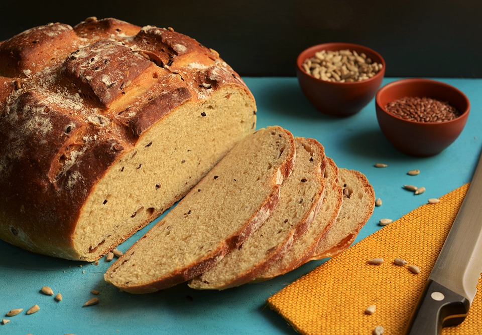 100% whole wheat brown bread, tips on baking bread