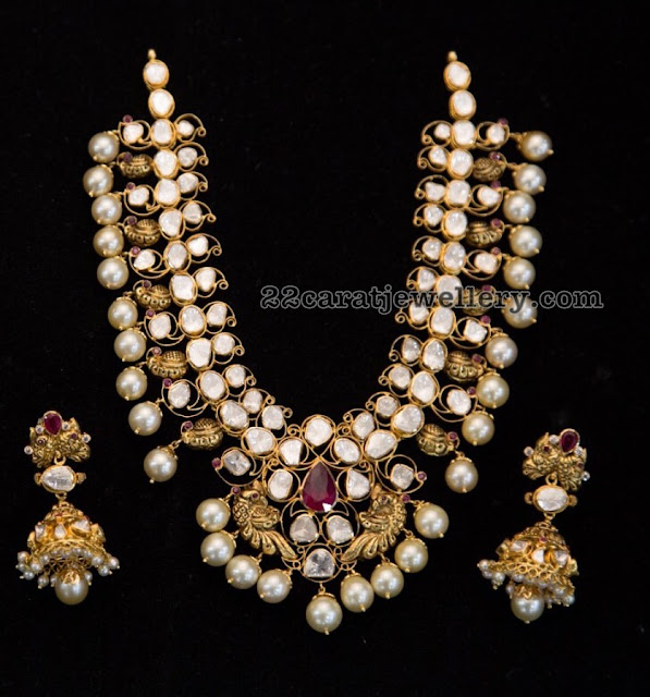Flat Diamond Necklace with Mangatrai Jewellers