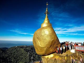 Kyaiktiyo, la pagoda sobre la roca dorada