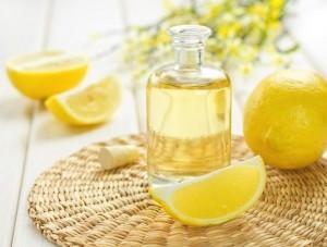 Aceite de oliva y limón para alimentar las uñas