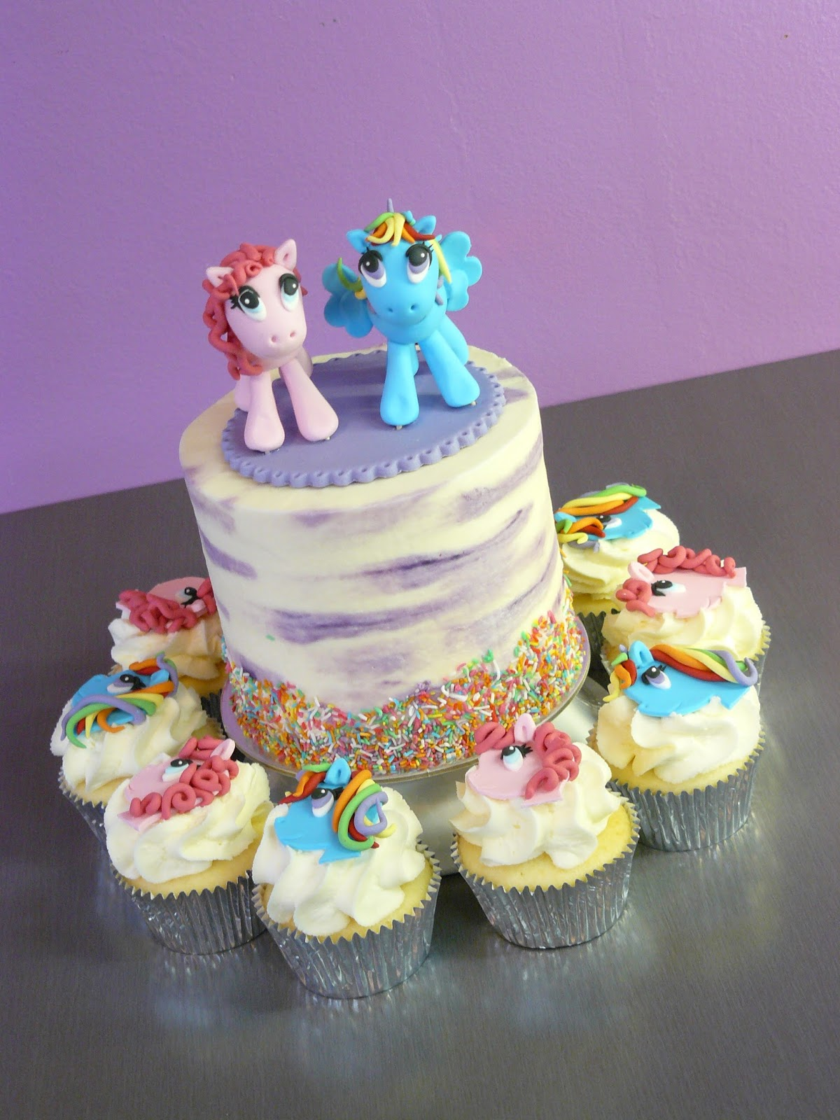 My Little Pony Birthday Cake And Cupcakes