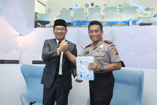 Ridwan Kamil dan Bambang Waskito