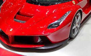 صور سيارات: سيارة فيراري لا فيراري ferrari laferrari