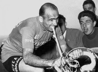 Fiorenzo Magni finished second in the 1956 Giro d'Italia by  using a tyre inner tube gripped in his teeth to steer