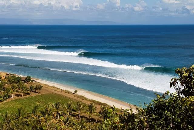 wisata pulau lombok Pantai Bangko Bangko