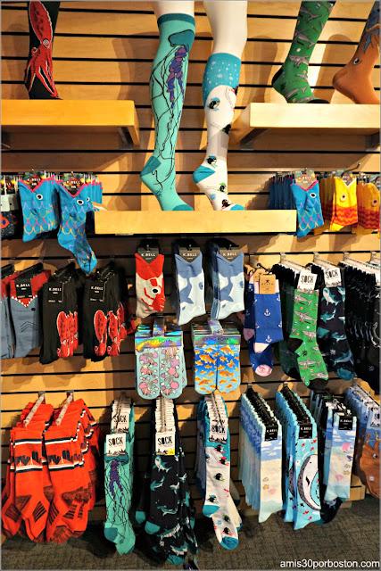 Objetos de la Tienda de Regalos del Acuario de Boston