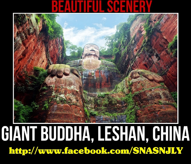 Giant Buddha, Lashan, China,Beautiful scenery