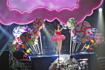 12 Lagu Katy Perry Terbaik yang Enak Didengar