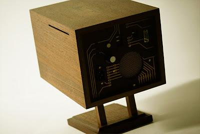 CPU de computadora recubierto en madera