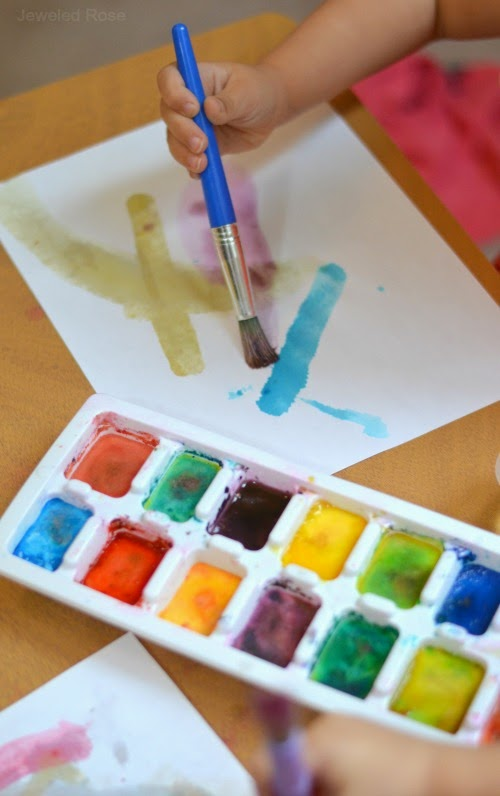 Make Your Own Watercolor Cakes Using Only Two Ingredients That You Likely Have On Hand