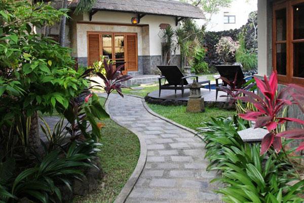 Sewa Villa di Seminyak Bali
