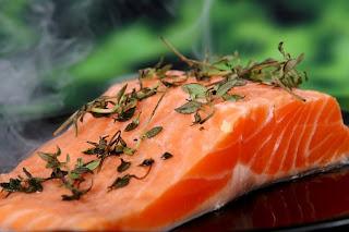 manfaat-ikan-salmon-bagi-kesehatan,www.healthnote25.com