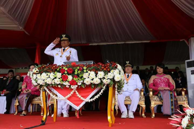 Gubernur Irup Upacara HUT RI ke-72