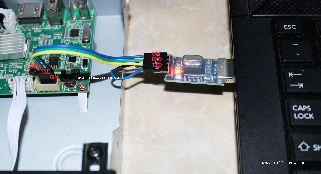 Koneksi Receiver dengan USB to TTL