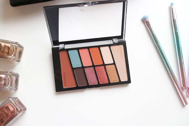 Wet n Wild Eyeshadow Palettes - Not a Basic Peach   The Beauty is a Beast