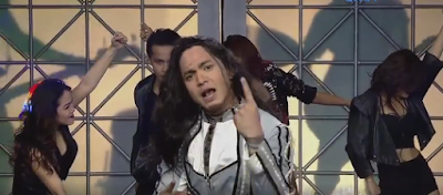 Alden Richards impersonating Jay Contreras of Kamikazee