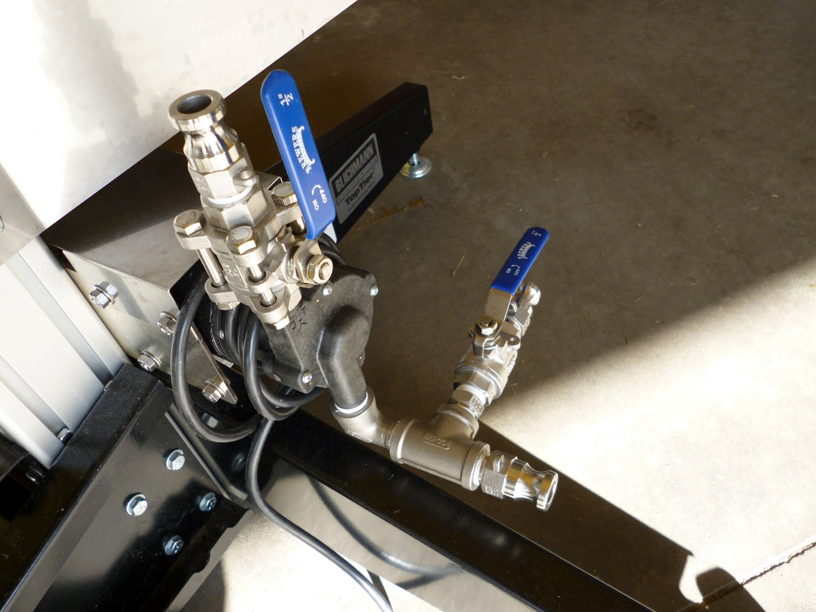 Install a Priming and Purging Port for Easy Pump Operation