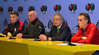 Conferencia prensa FMF sobre huelga arbitros Liga MX 2017 | Ximinia