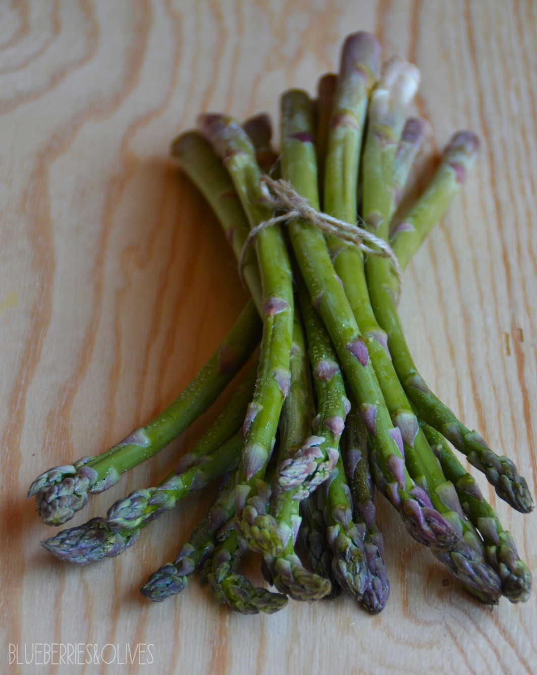 ASPARAGUS - BUCKWHEAT AND ASPARAGUS SALAD WITH TAHINI DRESSING