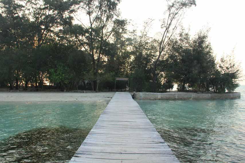 Wisata Pulau Semak Daun di Kepulauan Seribu Jakarta